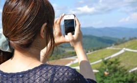 iPhoneを高性能なコンパクトカメラにする。