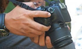 社内報の撮影で覚えておきたい写真の明るさ調整方法